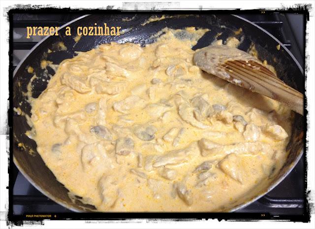prazer a cozinhar - strogonoff de peru