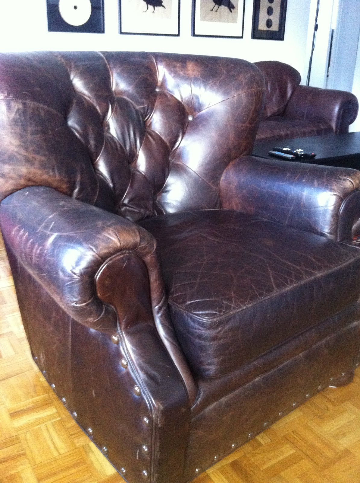 Tufted-Leather-Armchair.jpg