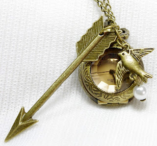 Hunger Games jewelry: mockingjay