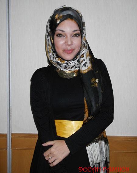 Jilbab ala Dewi Sandra Terbaru