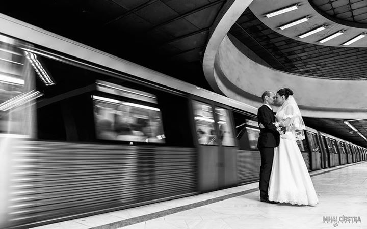 Wedding Photoshoot Locations in Metrou Universitate