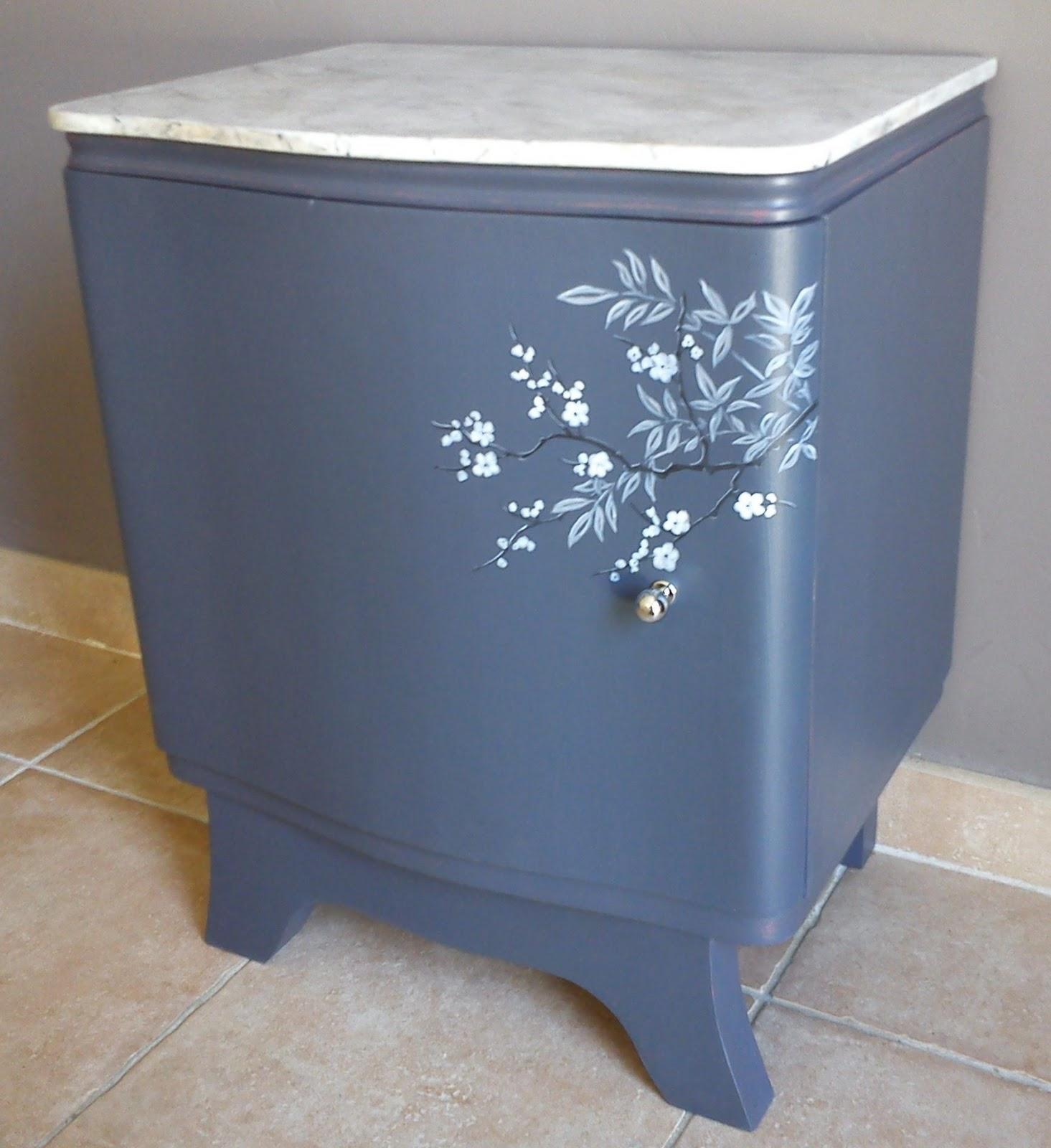 Dominique gilles eb niste meubles peints for Peinture acrylique meuble