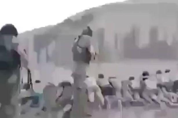 Terroristas islámicos del ISIS  asesinan a 200 niños