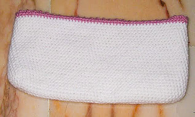 crocheted pouch with lining