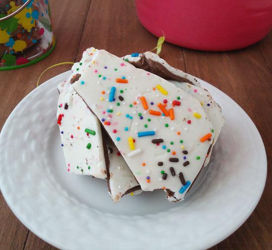 cake batter chocolate bark|www.blahnikbaker.com