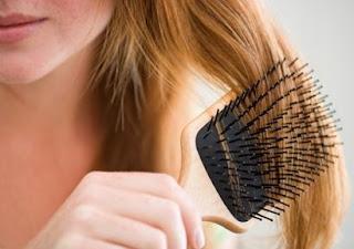 बालों को सवारना