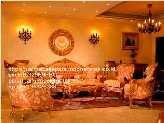 sofa klasik jepara jual mebel jepara Mebel furniture klasik jepara jual set sofa tamu ukir sofa tamu jati sofa tamu antik sofa jepara sofa tamu duco jepara furniture jati klasik jepara SFTM-33048