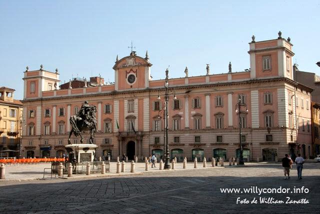 Piazza di Piacenza