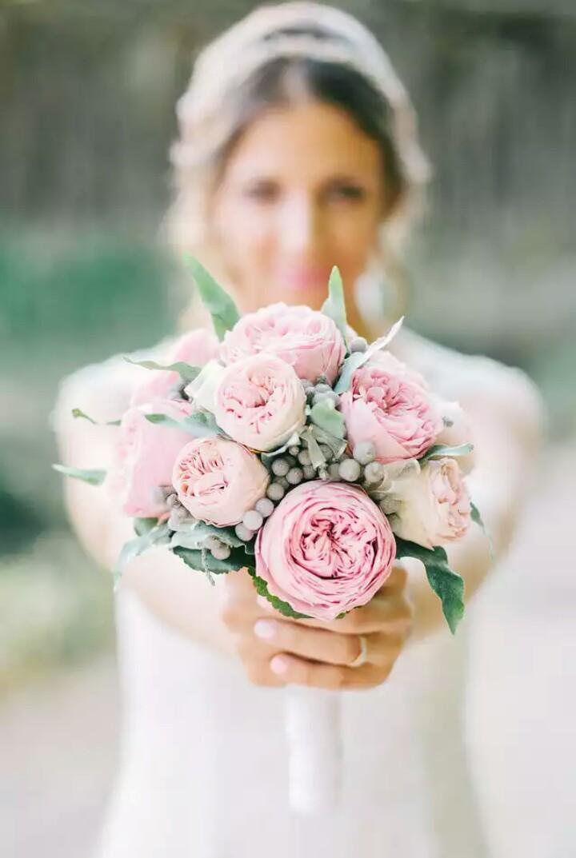 Ramo con rosas austin preservadas