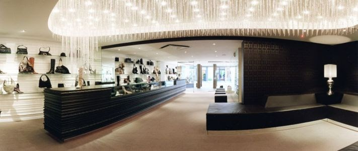 Orac decor projects news gucci store hasselt belgium for Decor products international