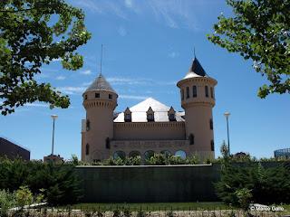 CASTILLOS DE VALDERAS. ALCORCON, MADRID. ESPAÑA.