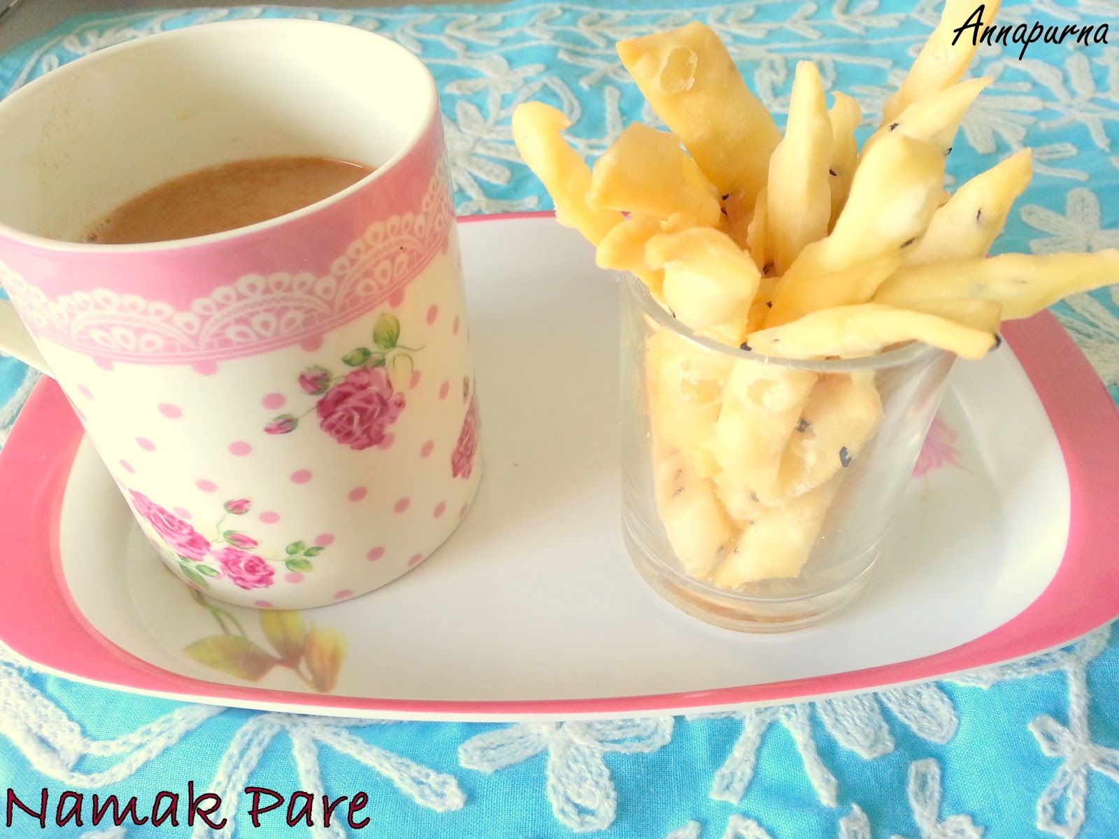 Annapurna namak pare kharat shankarpale crunchy savory indian namak pare kharat shankarpale crunchy savory indian tea time snack recipe diwali faral recipe forumfinder Image collections