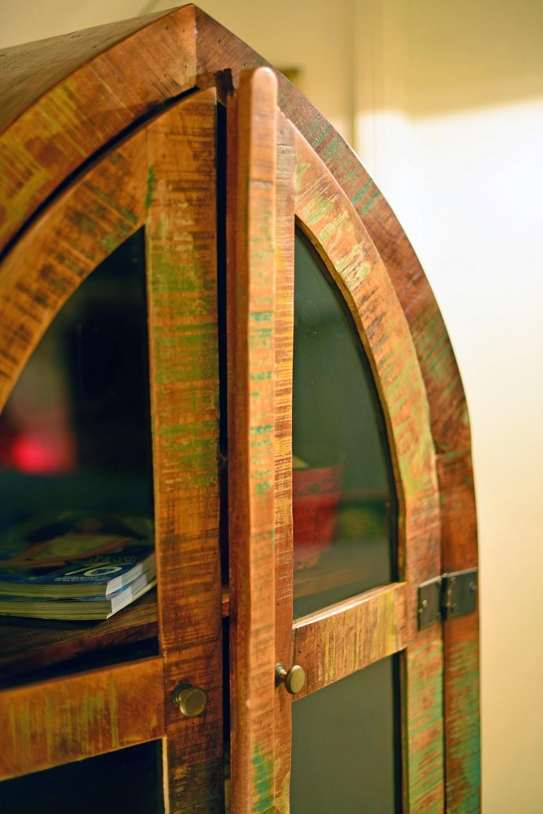 saal wood, reclaimed wood book shelf