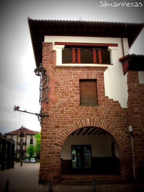 casa de indiano sede de banco en Elizondo