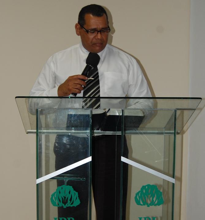 Rev. Luis Nogueira