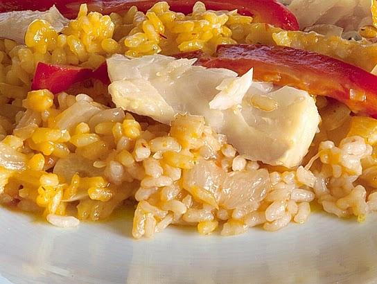 La gastrocinemia arroz meloso con bacalao y pimientos rojos - Arroz con bacalao desmigado ...