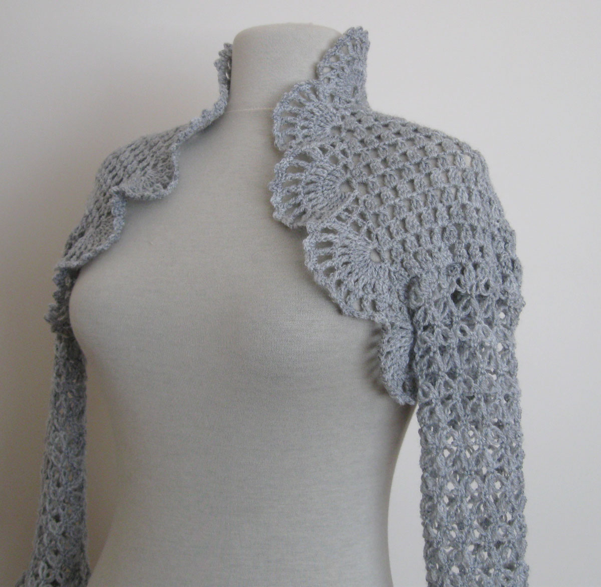 Crochet Shrug Pattern : And Beading Wedding Bridal Accessories and Free pattern: Crochet shrug ...