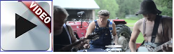 foto Steve'n'Seagulls plays AC/DC's awesome song called Thunderstruck