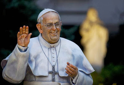 Retiraron la estatua del papa Francisco 0710_monumentopapa_g1_afp.jpg_1853027551