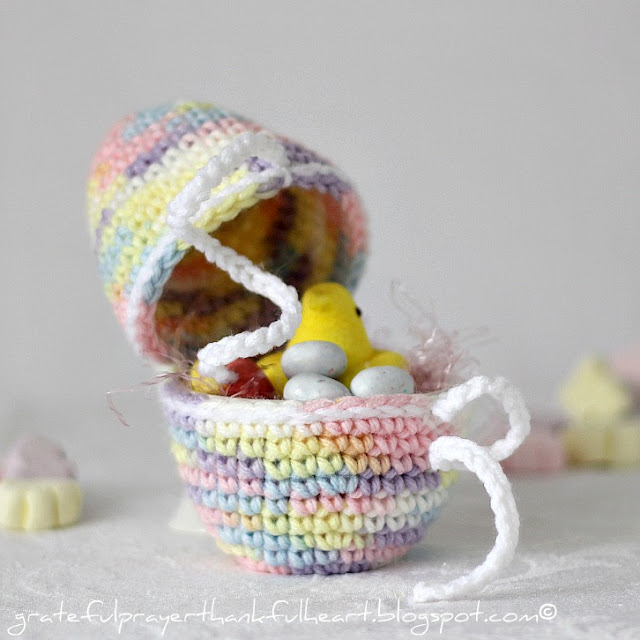 Crocheting Easter Eggs : With a Grateful Prayer and a Thankful Heart: Crochet Easter Egg