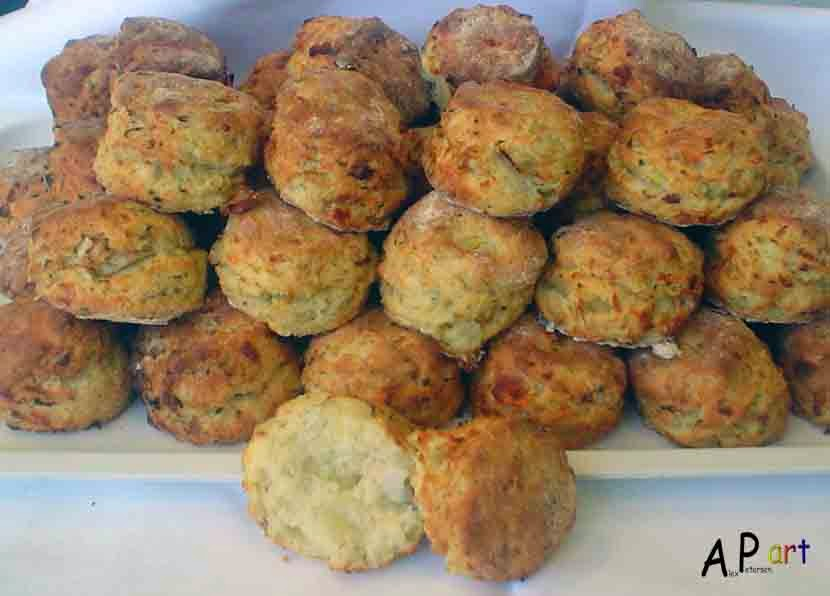 ... pepper scones cheddar parmesan and cracked pepper scones cheese scones