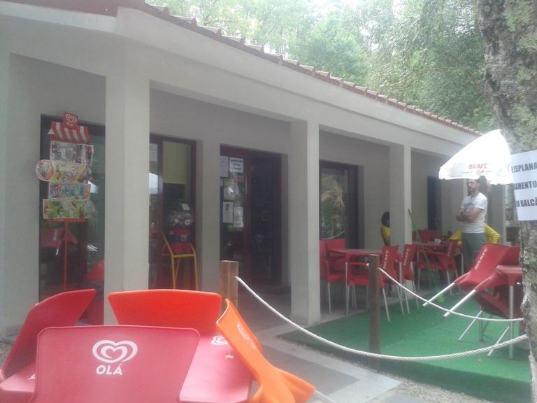 Bar da Praia de Vila Cova á Coelheira