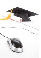 Computer mouse with graduation cap