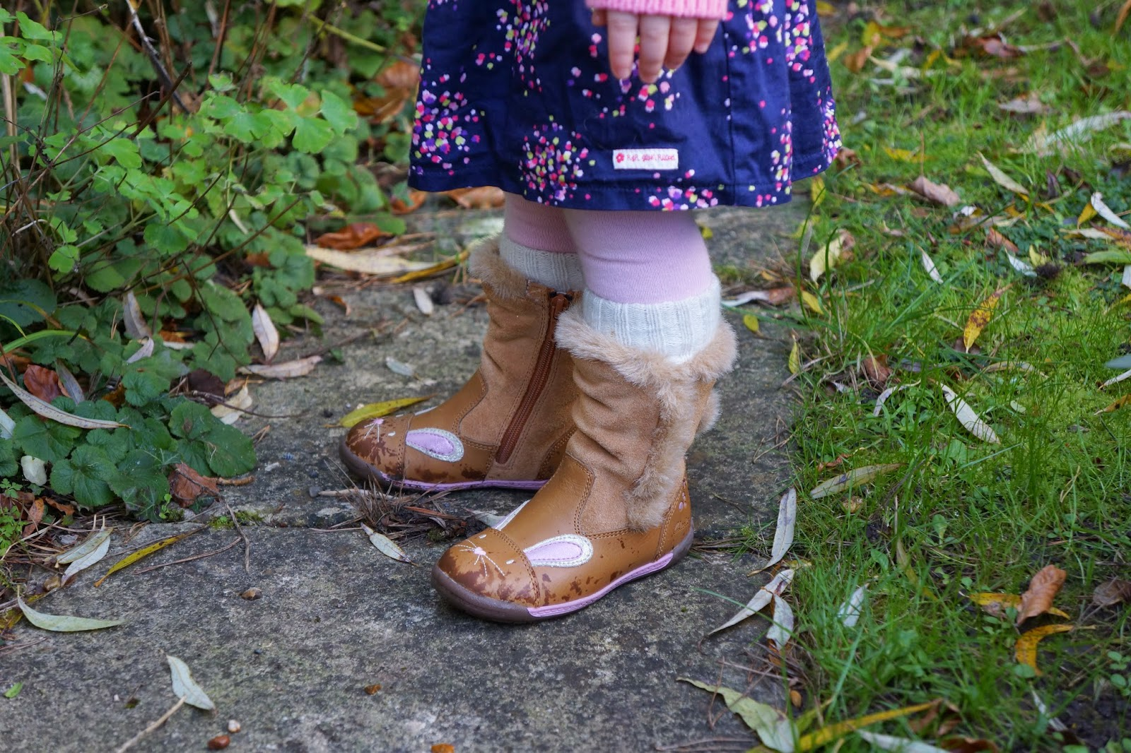 clarks bunny boots baby iva hop fst