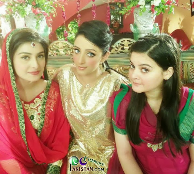 Ayeza khan with family photoshoot pakistan celebrities fashion