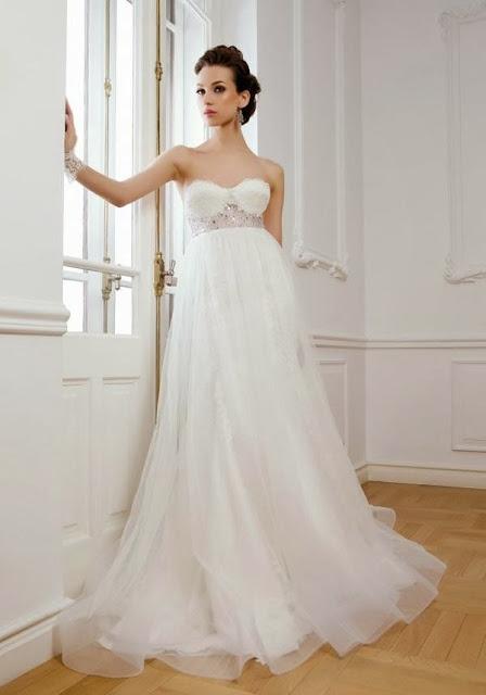 chọn váy cưới cho cô dâu nấm lùn váy cưới dài cổ điển
