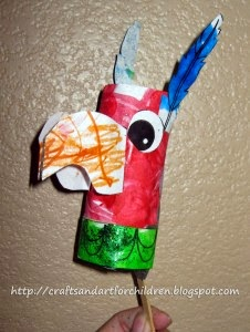 http://artsymomma.com/2010/05/mexican-bird-maracarattle-cinco-de-mayo-craft.html
