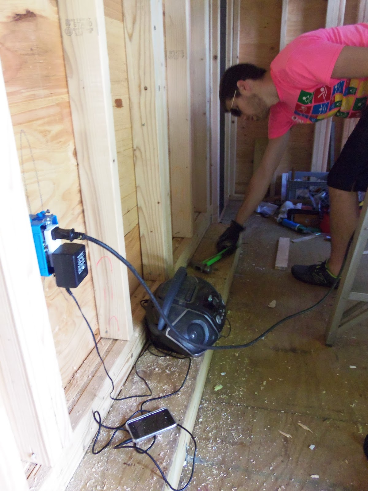 Another Tiny House Story Just Call Us Itchy Scratchy Electrical Wiring
