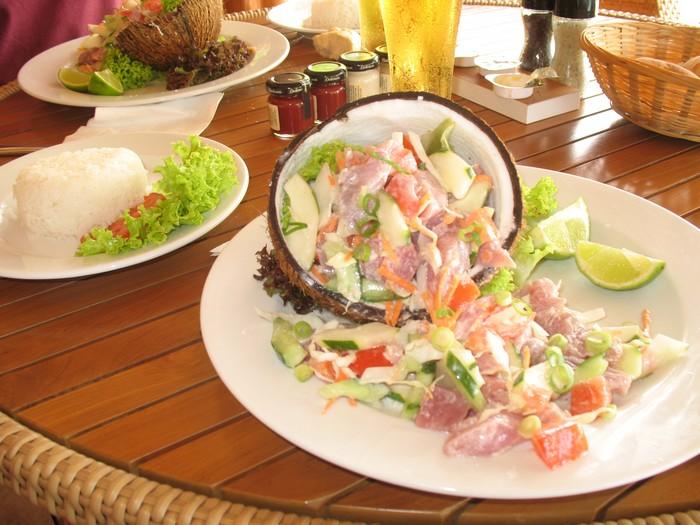 salade de poisson la tahitienne gastronomie tahiti mai 2012 escapades pyr n ennes et. Black Bedroom Furniture Sets. Home Design Ideas