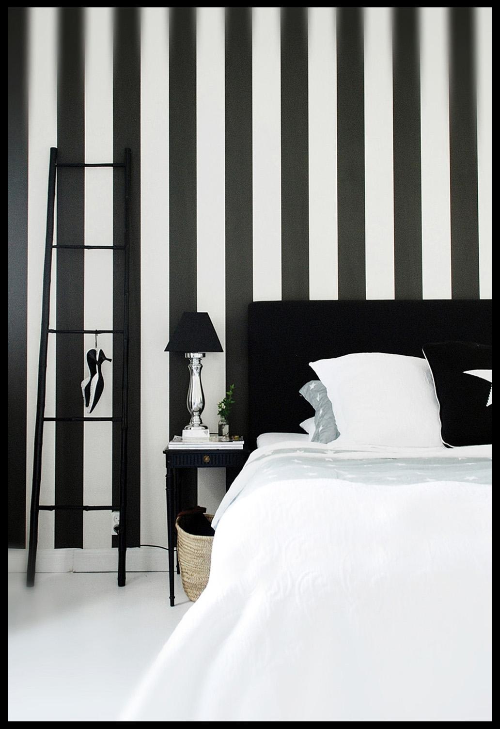 therese romell: Vårt sovrum - tapet på plats