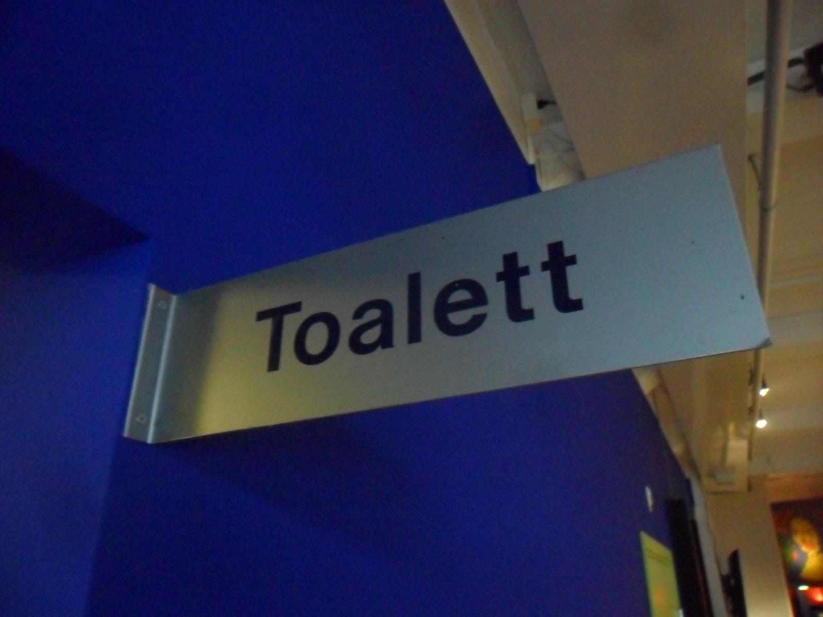... skylt skylten skyltar toa toalett wc vc toaletter dass hänvisning