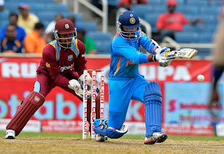 Dinesh-Karthik-West-Indies-vs-India-Tri-Series-2013