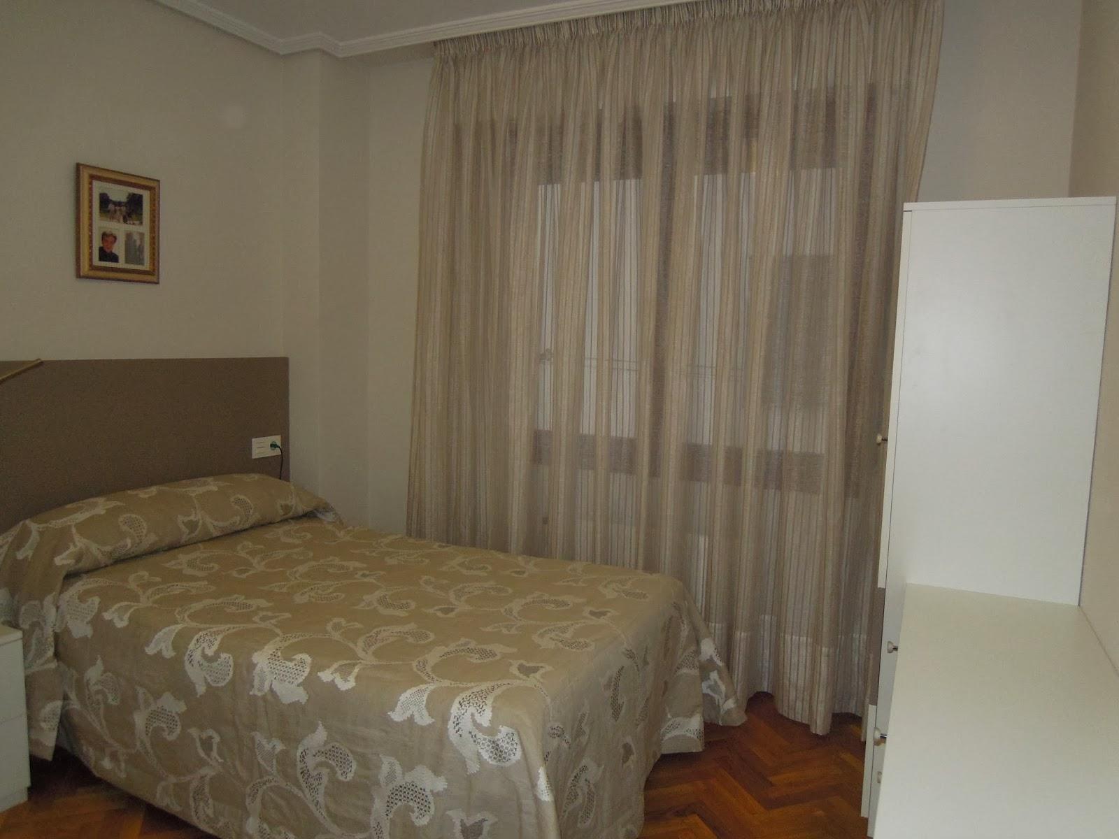 Fotos de cortinas dormitorio principal 2014 for Pintura color lino