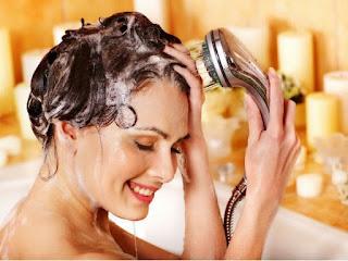 Saçları haftada kaç kez yıkamalıyız?