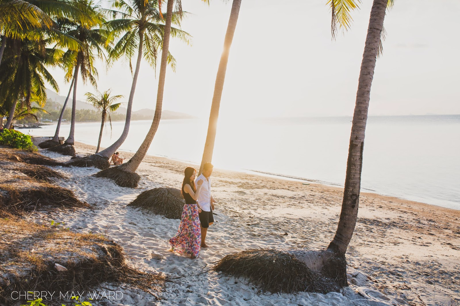 Koh Samui Engagement session, Ban Tai beach, palm trees on the beach, walking at sunset