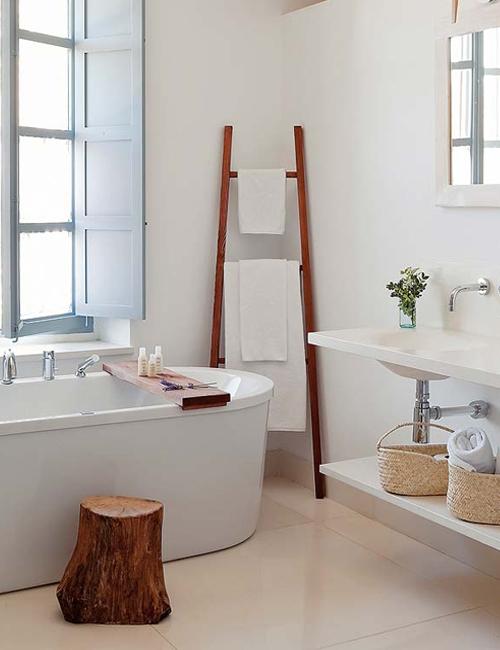 Baños Estilo Country:Rustic Chic Bathroom