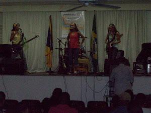 Atração  musical  externa, Grupo Canela  Fina