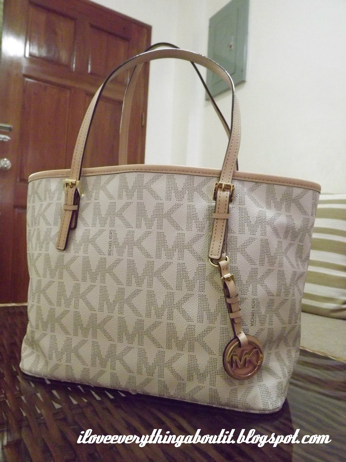 Michael kors tote bags philippines - How To Determine Authentic Mk Jet Set Travel Tote