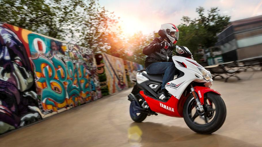 Bikes Funia Yamaha Aerox R