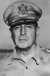 Generał McArthur