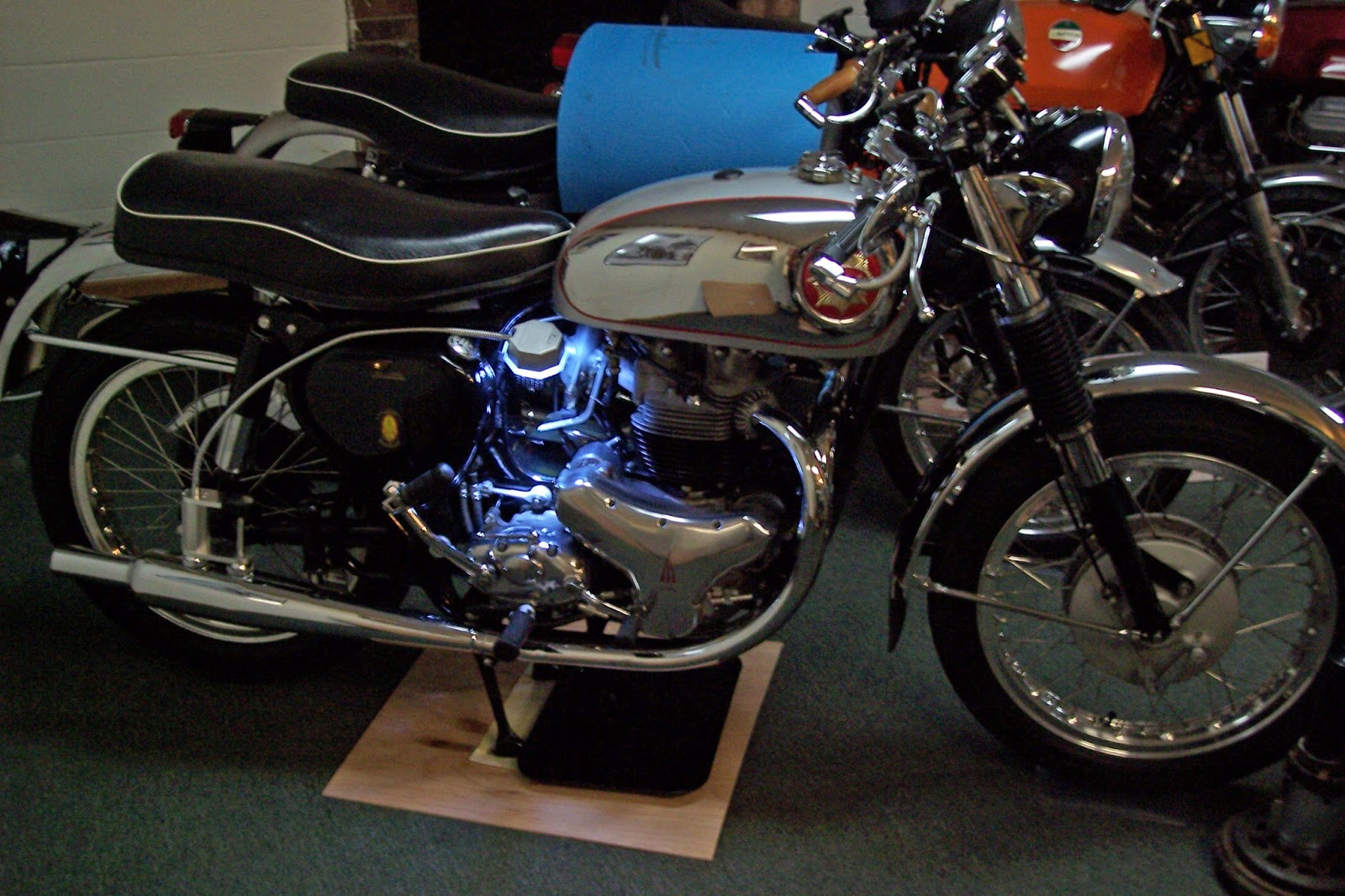 MOTORCYCLES   MOTORCYCLE NEWS AND REVIEWS  A MOTORCYCLE UTILITY