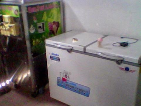 máy làm kem tươi và tủ đông alaska