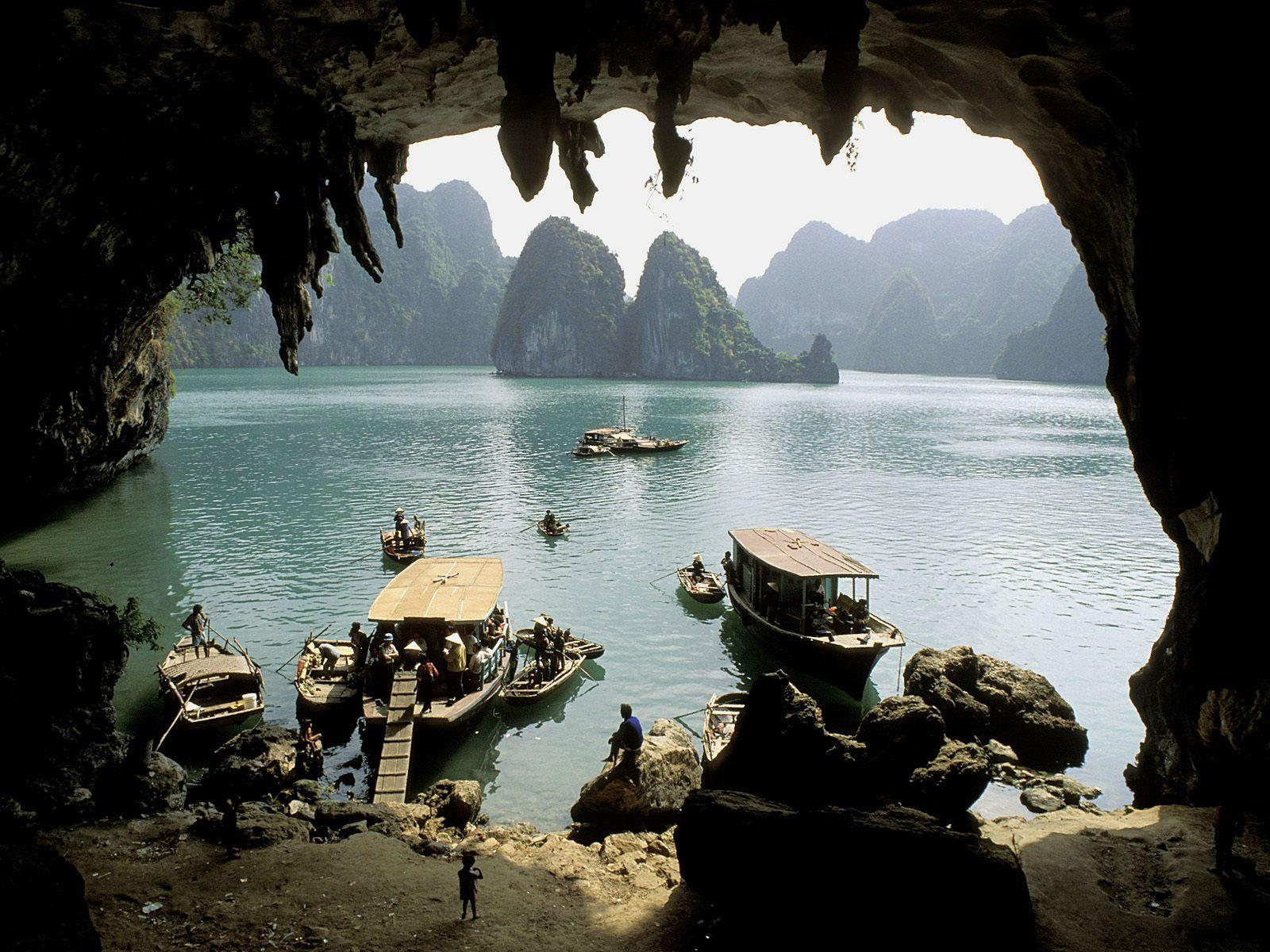 http://3.bp.blogspot.com/-EbWzJ_Qc7tY/TirkNBpIlaI/AAAAAAAAH84/C2XaulrGCpA/s1600/www.cbaw.co.cc+-+Asia+Best+Tourist+Place+To+Visit+HD+Wallpaper+%252827%2529.jpg