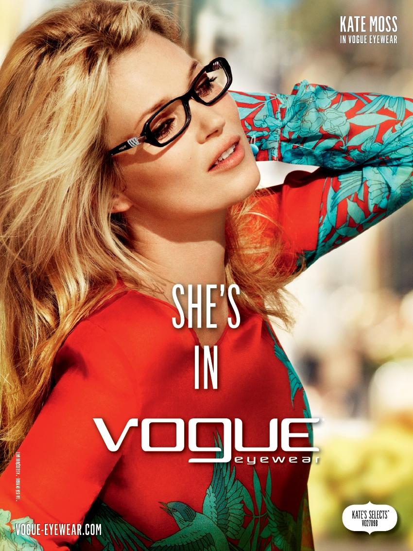 Pelo segundo ano consecutivo, a marca de óculos Vogue escolheu a modelo  inglesa Kate Moss como rosto da sua campanha. O autor foi o lendário  fotógrafo e ... 7dcba03b30