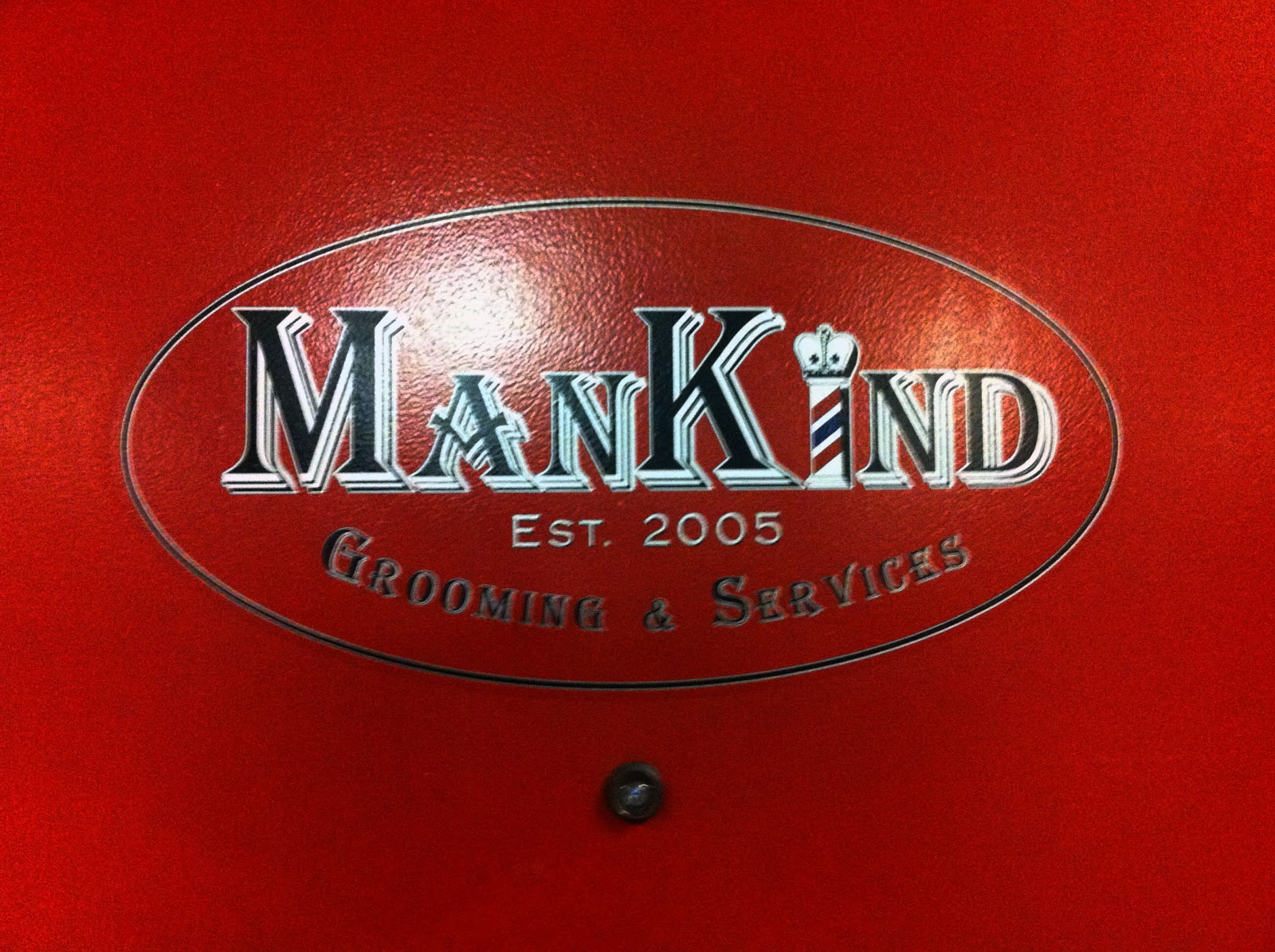 Mankind Grooming Services Haircut And A Beer In Fort Lauderdale