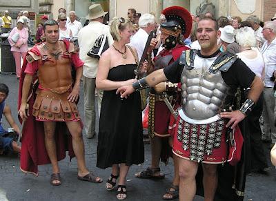 Róma, Olaszország, gladiátorok, Colosseum, turizmus, pedálos taxi, Francesco Paolo Tronca